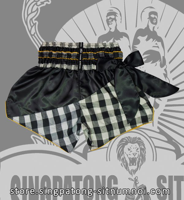 Twins Muay Thai Shorts BLACK AND WHITE CHECKERED back